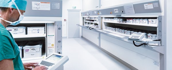 The Hänel Rotomat® system is especially suited for storing heavy anodized aluminum containers storing sterilized surgical instruments.